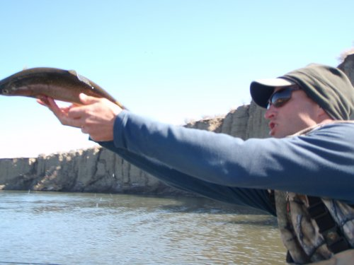 Guide Adam Berg with slippery hands!